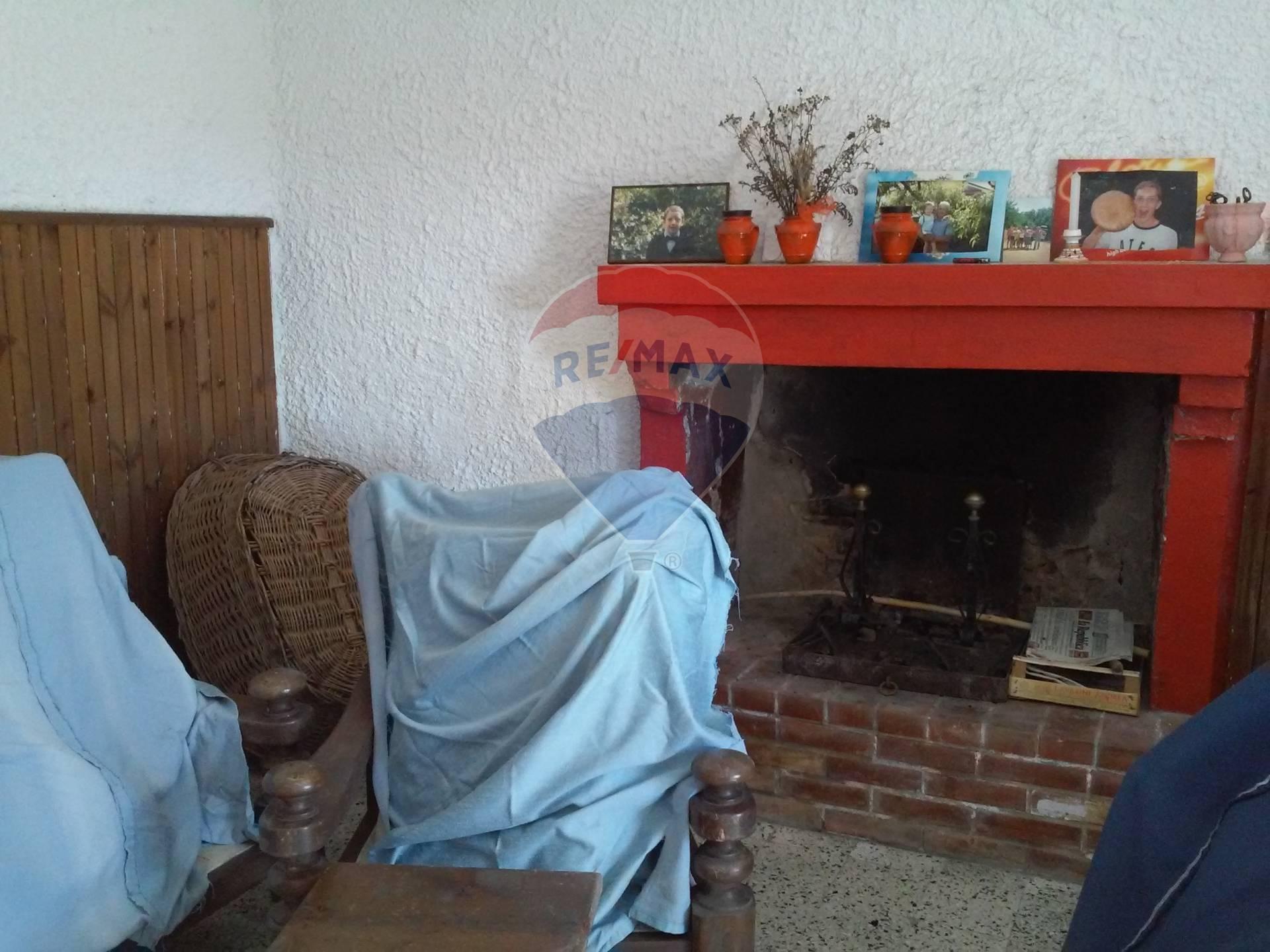 CASA SEMI INDIPENDENTE in VENDITA a CASTIGLIONE DI GARFAGNANA