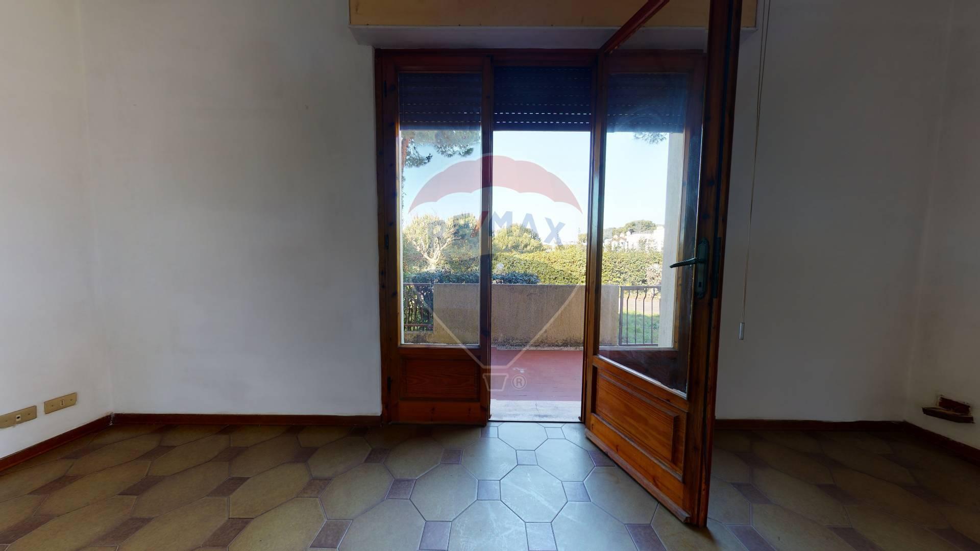 VILLINO in VENDITA a CAMAIORE